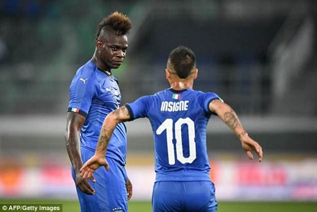 Balotelli 'no sung' giup Italy thang tran dau duoi thoi Mancini hinh anh 1