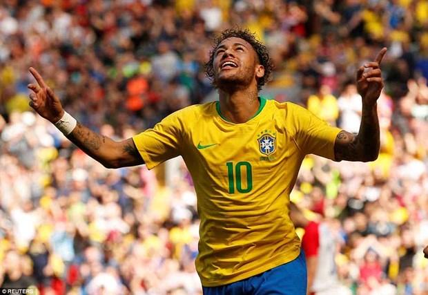 Neymar 'no sung' trong ngay tai xuat, giup tuyen Brazil chien thang hinh anh 1