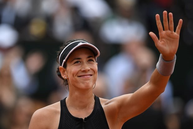 Roland Garros: Garbine Muguruza 'ha guc nhanh' Maria Sharapova hinh anh 2