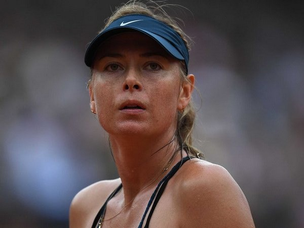 Roland Garros: Garbine Muguruza 'ha guc nhanh' Maria Sharapova hinh anh 1