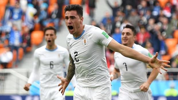 Gimenez toa sang, Uruguay nhoc nhan danh bai Ai Cap o phut 90 hinh anh 1