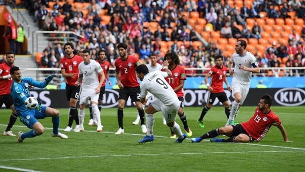 Gimenez toa sang, Uruguay nhoc nhan danh bai Ai Cap o phut 90 hinh anh 3