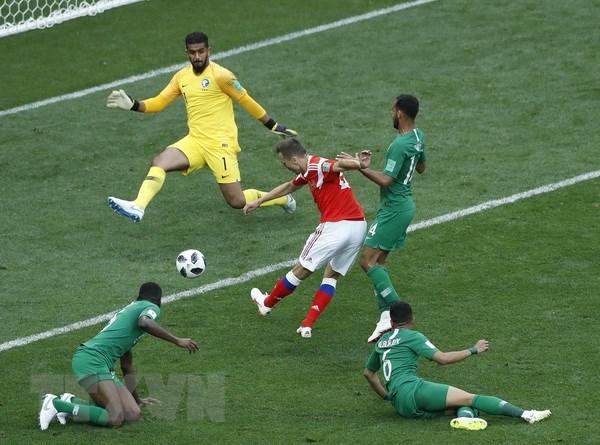 Tuyen Saudi Arabia linh an phat vi thua dam Nga tai World Cup hinh anh 1