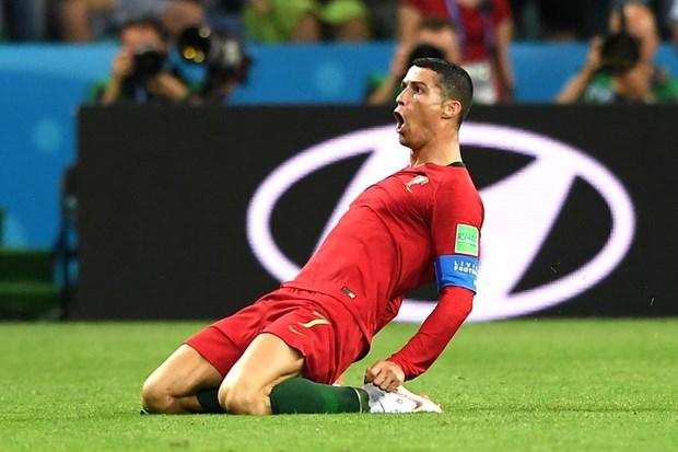 Ronaldo noi gi sau khi lap hat-trick vao luoi tuyen Tay Ban Nha? hinh anh 1
