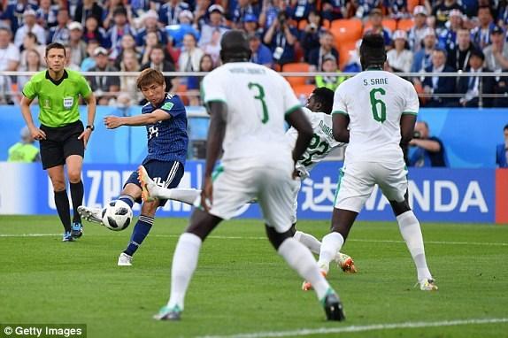 Nhat Ban - Senegal 2-2: 'Bat phan thang bai' day kich tinh hinh anh 9