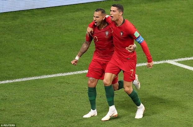 Ket qua World Cup 2018 ngay 26/6: Them 2 doi tuyen vao vong 1/8 hinh anh 1