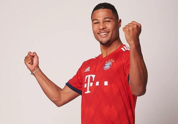 Tai nang tre Serge Gnabry chinh thuc ra mat CLB Bayern Munich hinh anh 3