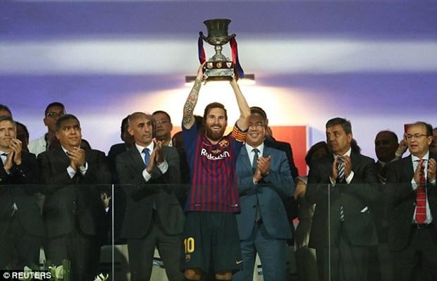 Ha Sevilla, Barcelona lan thu 13 gianh Sieu cup Tay Ban Nha hinh anh 2