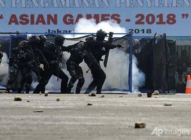 ASIAD 2018: Canh sat Indonesia trien khai luc luong tai Palembang hinh anh 1