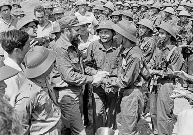 Ky niem 45 nam Chu tich Fidel tham vung giai phong mien Nam Viet Nam hinh anh 2