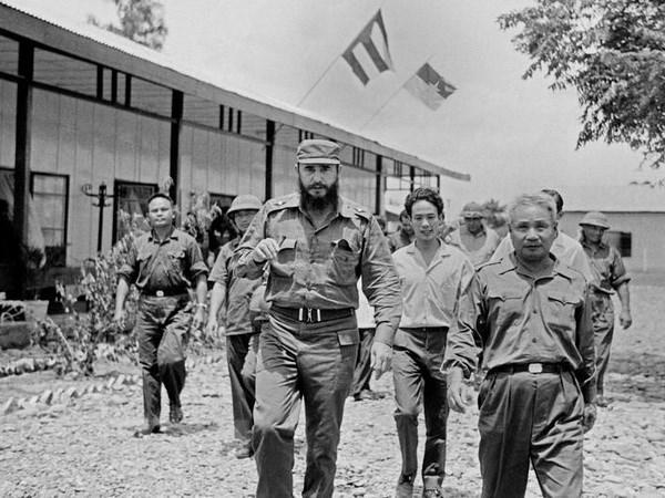 Ky niem 45 nam Chu tich Fidel tham vung giai phong mien Nam Viet Nam hinh anh 1