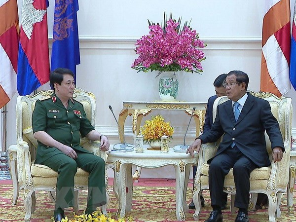Viet Nam va Campuchia tang cuong hop tac ve quoc phong hinh anh 1