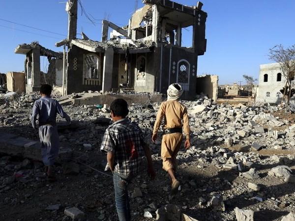 Lien quan Arab ban ha 2 ten lua dan dao cua phien quan Houthi hinh anh 1