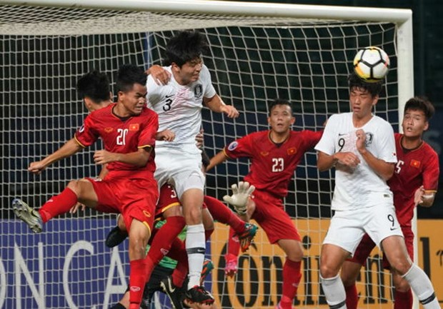 Tuyen U19 Viet Nam 3 lan bi phat penalty trong ngay chia tay hinh anh 1