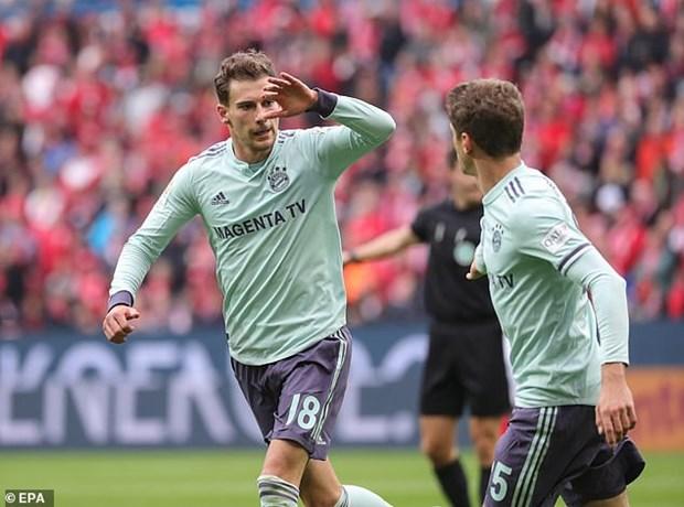 Bundesliga: Bayern Munich tro lai top 2, Dortmund dut mach thang hinh anh 1