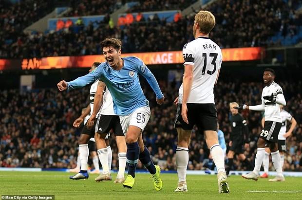 Manchester City thang tien Cup Lien doan Anh bang doi hinh 2 hinh anh 1
