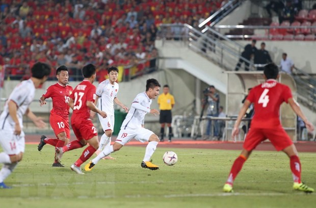 Lao - Viet Nam 0-3: Viet Nam chiem ngoi dau sau luot ra quan hinh anh 5