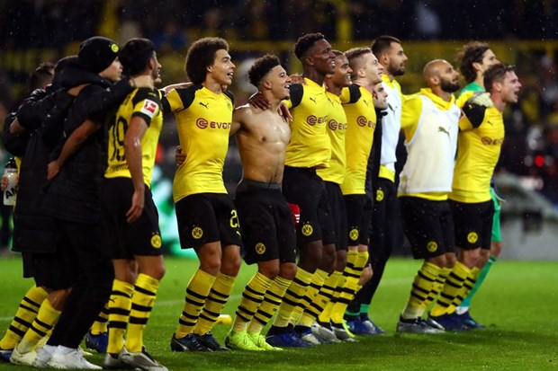 Borussia Dortmund chien thang xung dang o tran 'Klassiker Duc' hinh anh 1