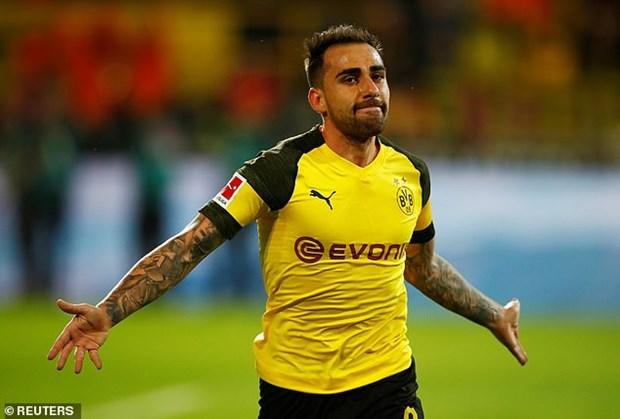 Dortmund nguoc dong danh bai Bayern sau 'con mua ban thang' hinh anh 4