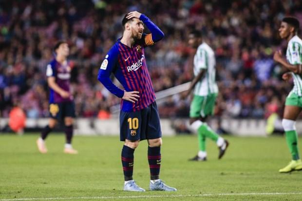 Barcelona thua soc tren san nha, Real Madrid tiep tuc thang hoa hinh anh 1