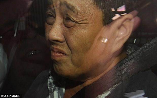 Bat nghi pham gay ra vu khung hoang 'kim khau trong trai dau tuoi' hinh anh 2