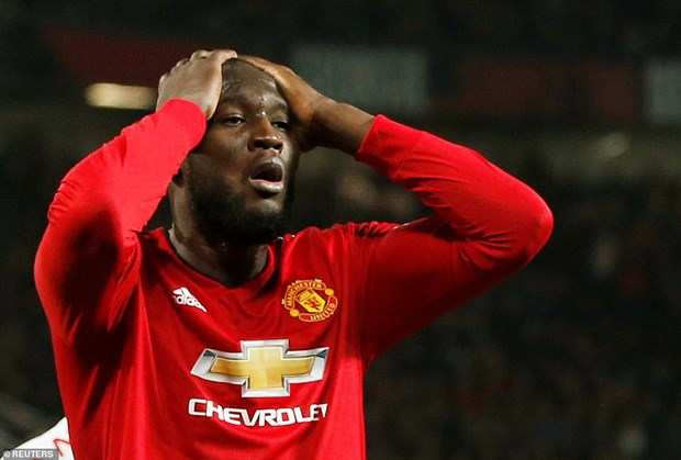 Man City va Liverpool noi dai mach bat bai, Chelsea guc nga hinh anh 3