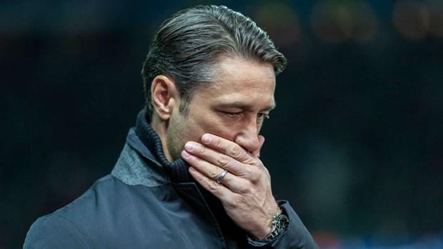 Chu tich Hoeness bi la o ngay tai Dai hoi thuong nien Bayern e.V 2018 hinh anh 3