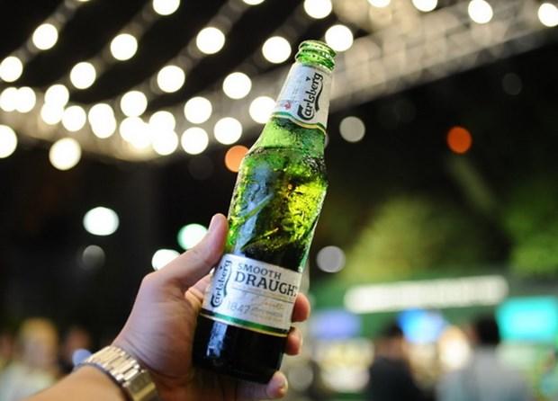 Carlsberg cam ket xoa bo hoan toan khi thai carbon, rac thai nhua hinh anh 1