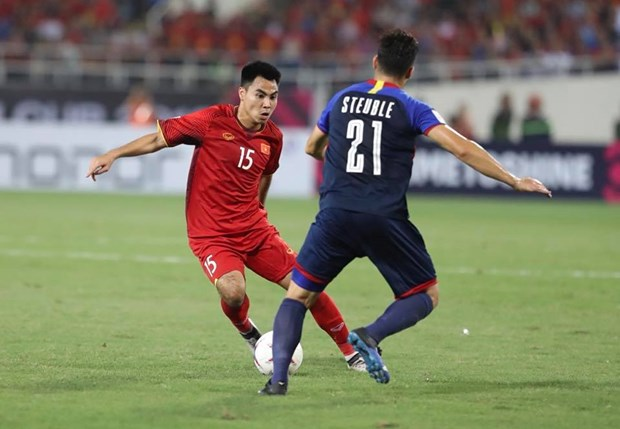 Viet Nam - Philippines 2-1 (4-2): Viet Nam thang tien chung ket hinh anh 11