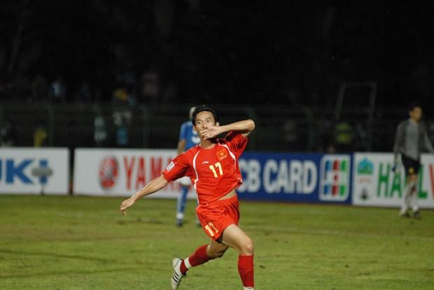 Nhin lai 4 tran 'kinh dien' giua Viet Nam va Malaysia tai AFF Cup hinh anh 3
