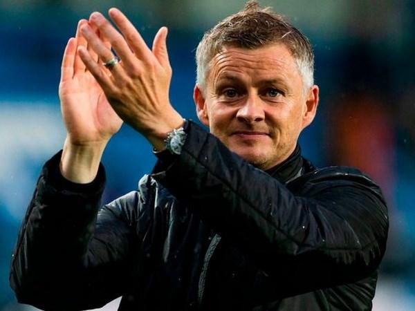 'Sat thu co guong mat tre tho' the cho Mourinho dan dat M.U? hinh anh 1