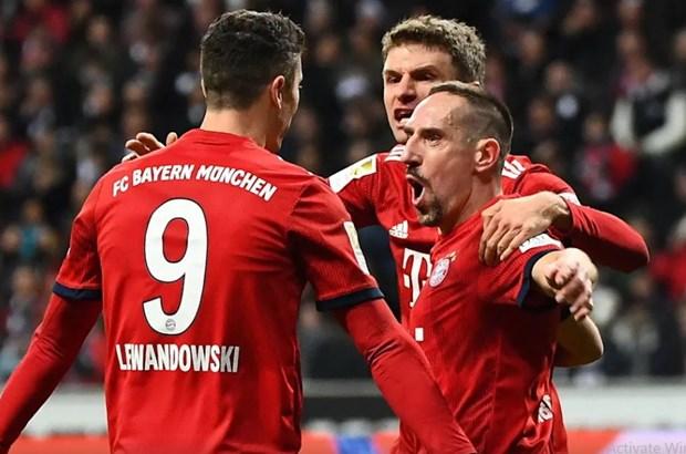 Bayern tro lai top 2, Bundesliga hua hen kich tinh o luot ve hinh anh 1
