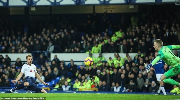 Tottenham 'pha hoi nong' vao Manchester City sau man huy diet hinh anh 5
