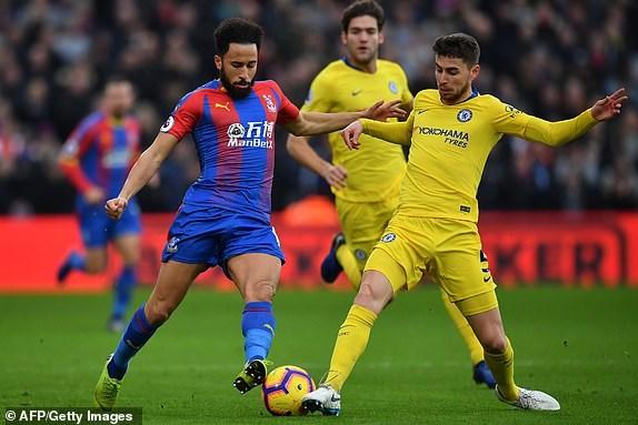 Kante toa sang, Chelsea 'pha hoi nong' vao top 3 Premier League hinh anh 3