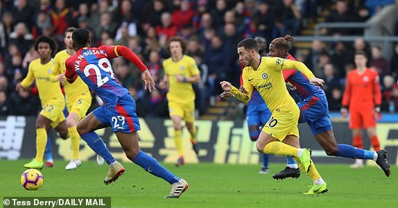 Kante toa sang, Chelsea 'pha hoi nong' vao top 3 Premier League hinh anh 6