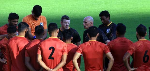 Tuyen Thai Lan va An Do 'tuyen chien' truoc tran ra quan Asian Cup hinh anh 3