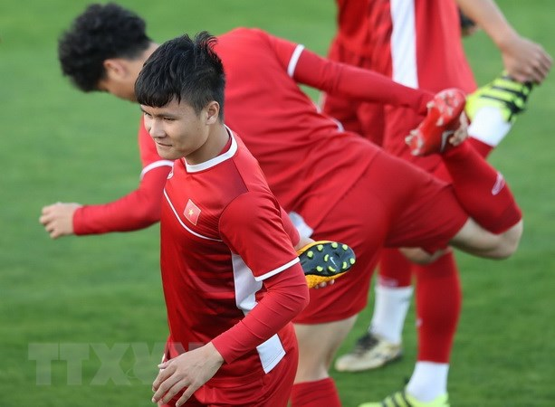 Lich truc tiep Asian Cup 2019: Viet Nam gay soc truoc Iraq? hinh anh 1