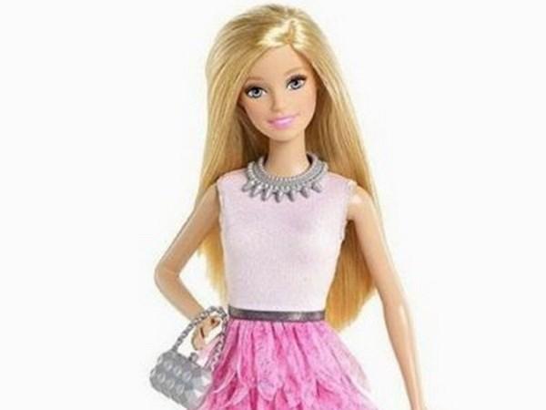 Bup be Barbie lan dau tien duoc