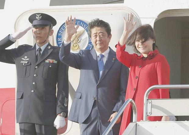 Thu tuong Nhat Ban Shinzo Abe bat dau chuyen tham Ha Lan va Anh hinh anh 1