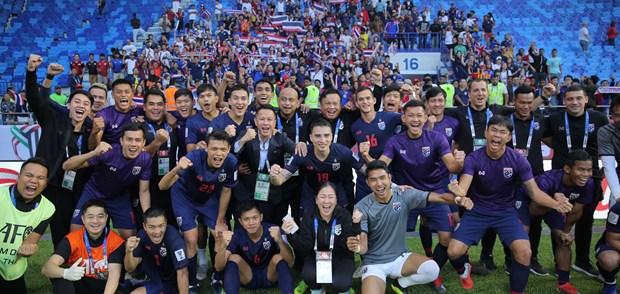 Ket qua Asian Cup 2019: Xac dinh doi dau tien vao vong 1/8 hinh anh 3