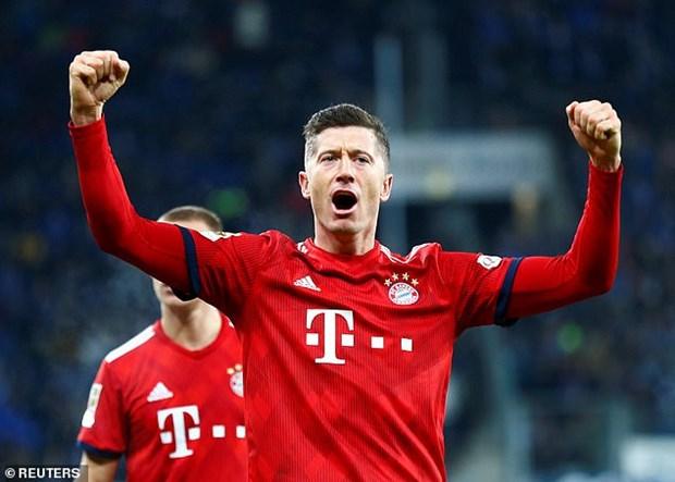 Goretzka toa sang, Bayern gay suc ep len ngoi dau cua Dortmund hinh anh 6