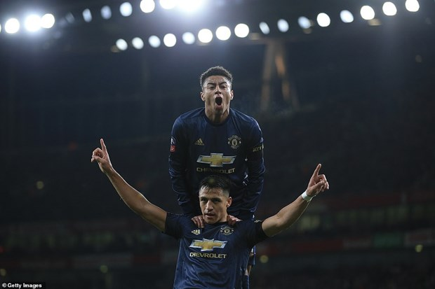 Manchester United 'dai chien' Chelsea tai vong 5 FA Cup hinh anh 1