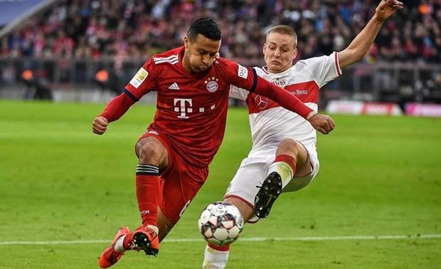 Bayern hau chien thang VfB Stuttgart: Nam moi, can benh cu hinh anh 2
