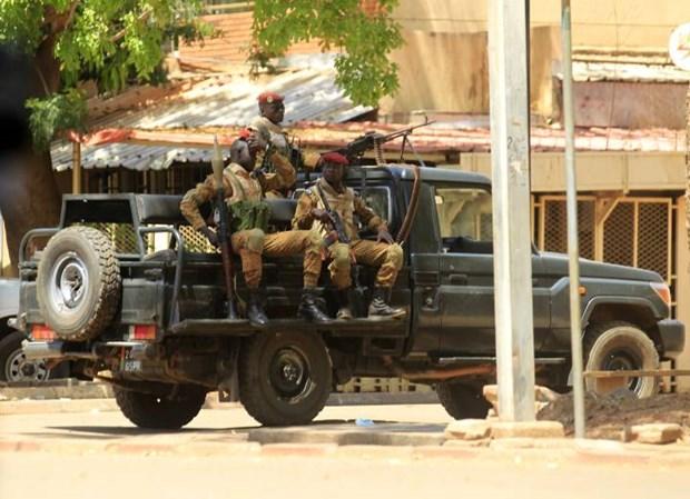 Burkina Faso: 5 nhan vien an ninh bi sat hai, 2 nguoi nguy kich hinh anh 1