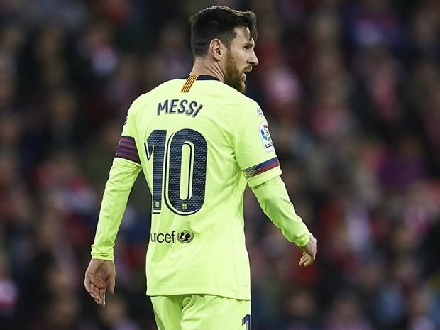 Ket qua bong da: Barcelona 'bat luc,' Ronaldo giup Juventus thang hinh anh 1