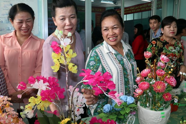 Doan dai bieu cap cao Phu nu Campuchia tham quan Phu Quoc hinh anh 1