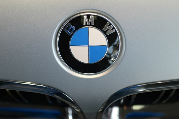 Munich de xuat khoan phat BMW 8,5 trieu Euro ve be boi khi thai hinh anh 1