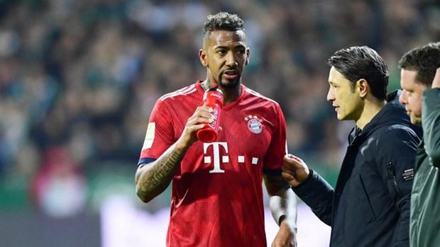 Dan sao du bi cua Bayern: Nhung cai dau nong tren nhung doi chan lanh hinh anh 3