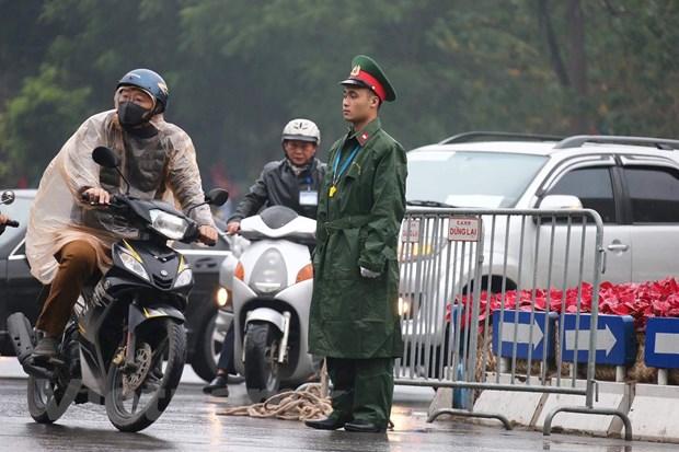 Truc tiep: Chu tich Trieu Tien Kim Jong-un da ve khach san Melia hinh anh 13