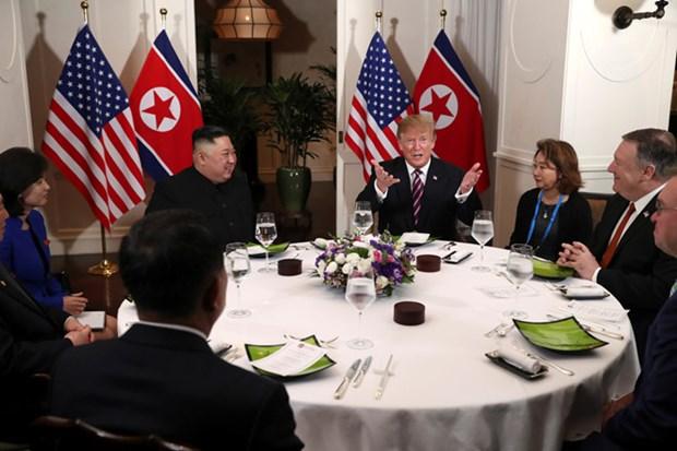 Ong Trump khen ong Kim trong cuoc gap dau tien o Metropole hinh anh 68
